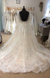 L Q Designs   Wedding Dress   Aline   LE238M
