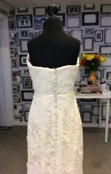 Vera Wang   Wedding Dress   Fit to Flare   H228