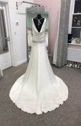 Ritva Westenius | Wedding Dress | Drop Waist | D958K