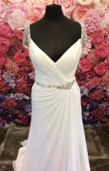 Maggie Sottero | Wedding Dress | Fit to Flare | ST354S