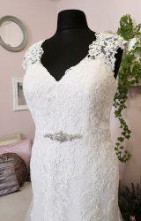 Venus   Wedding Dress   Fit to Flare   W622L