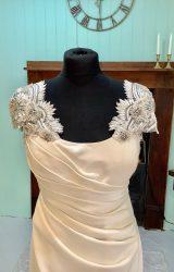 Alan Hannah   Wedding Dress   Fit to Flare   SH79