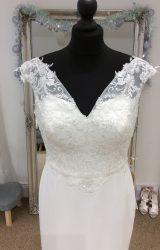 Richard Designs   Wedding Dress   Column   LE249M