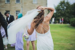 Brides Up North – SWOON. PRETTY PASTELS FOR A SIMPLE & STUNNING YORKSHIRE WEDDING