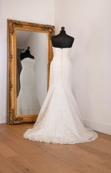 Stewart Parvin | Wedding Dress | Fit to Flare | WH72C