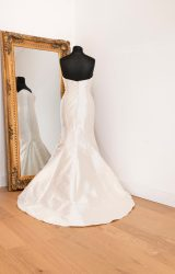 Sassi Holford | Wedding Dress | Fit to Flare | WH78C