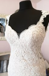 Essense of Australia | Wedding Dress | Fit to Flare | W673L