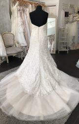 Ian Stuart   Wedding Dress   Fit to Flare   M66