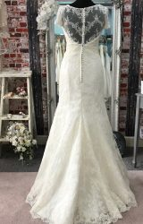 White Rose | Wedding Dress | Fit to Flare | CA124G