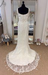 Ian Stuart | Wedding Dress | Column | LE253M