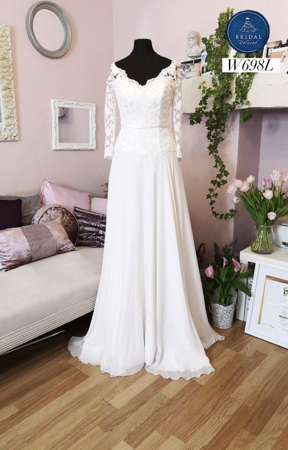 Sassi Holford   Wedding Dress   Aline   W698L