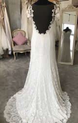 Lilly   Wedding Dress   Fit to Flare   M130S