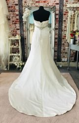 Maggie Sottero | Wedding Dress | Fit to Flare | CA133G
