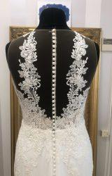 Pronovias   Wedding Dress   Fit to Flare   WF185H