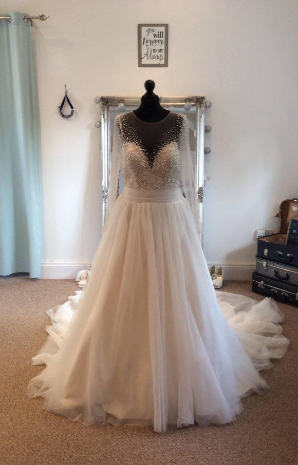 Eternity Bride | Wedding Dress | Aline | C1727