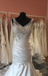 Enzoani | Wedding Dress | Fi two Flare | T29F