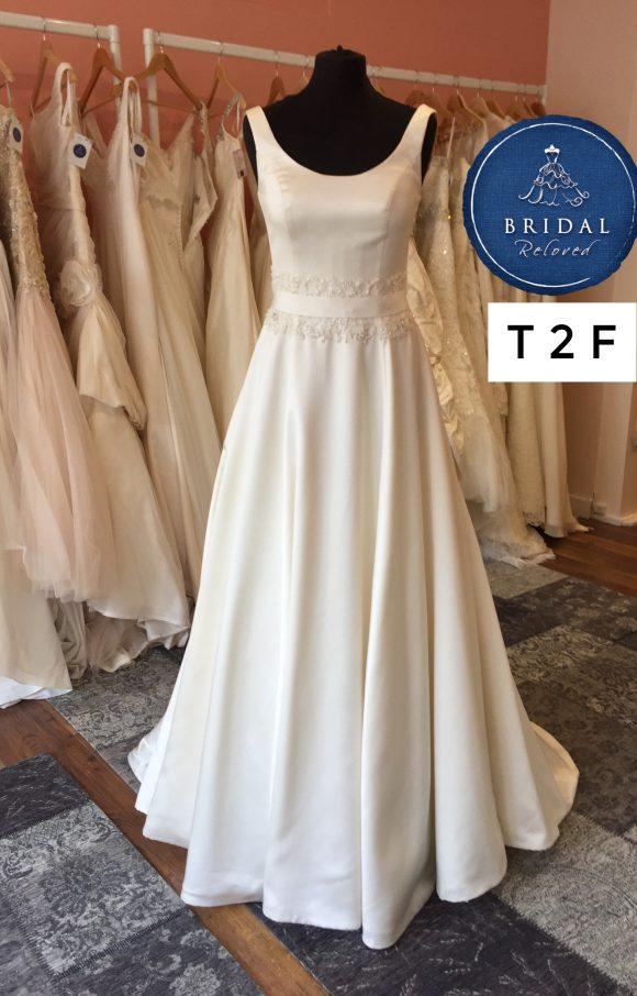 Benjamin Roberts   Wedding Dress   Aline   T2F