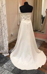 Amanda Wyatt | Wedding Dress | Aline | T56F