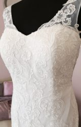 Eternity | Wedding Dress | Fit to Flare | W724L