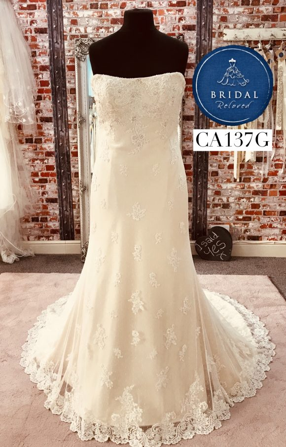 Maggie Sotterro   Wedding Dress   Fit to Flare   CA137G