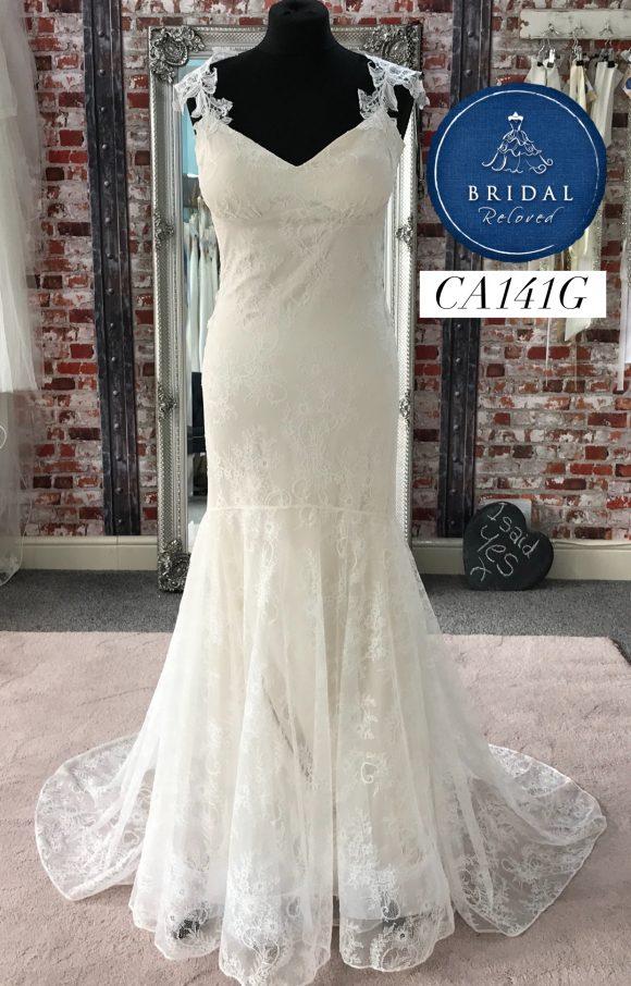 Claire Pettibone | Wedding Dress | Fit to Flare | CA141G
