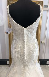 Stella York | Wedding Dress | Fit to Flare | WF196H