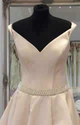 Art Couture | Wedding Dress | Aline | LE282M