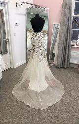 Bowen Dryden | Wedding Dress | Fit to Flare | D979