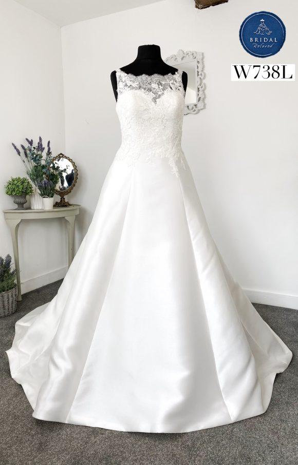 Pronovias | Wedding Dress | Aline | W738L