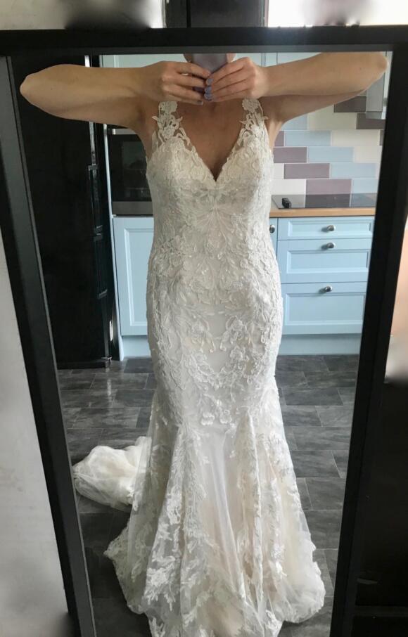 Justin Alexander | Wedding Dress | Fit to Flare | C2491
