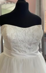 Romantica | Wedding Dress | Tea Length | D1057K