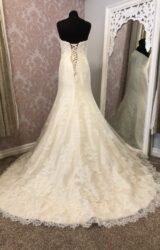 Essense of Australia | Wedding Dress | Fit to Flare | Y114