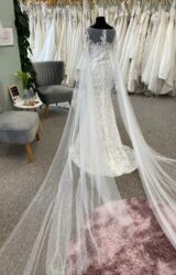 La Paris | Wedding Dress | Fit to Flare | D1077K