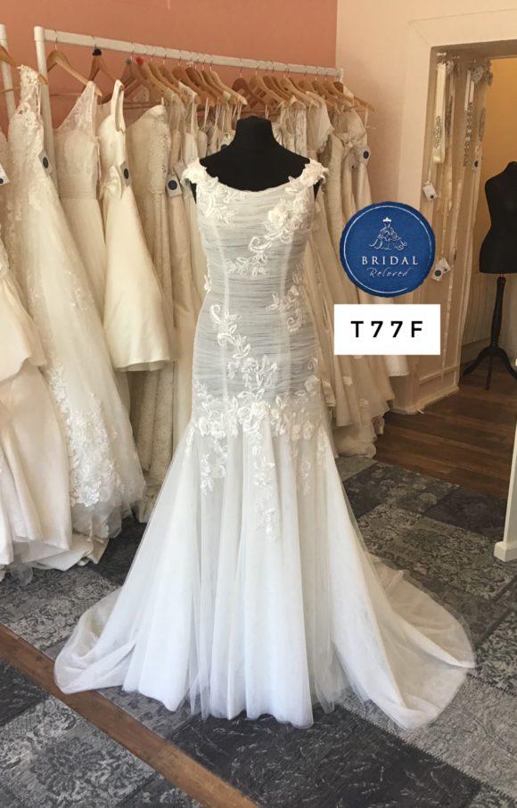 Mia Mia   Wedding Dress   Fit to Flare   T77F