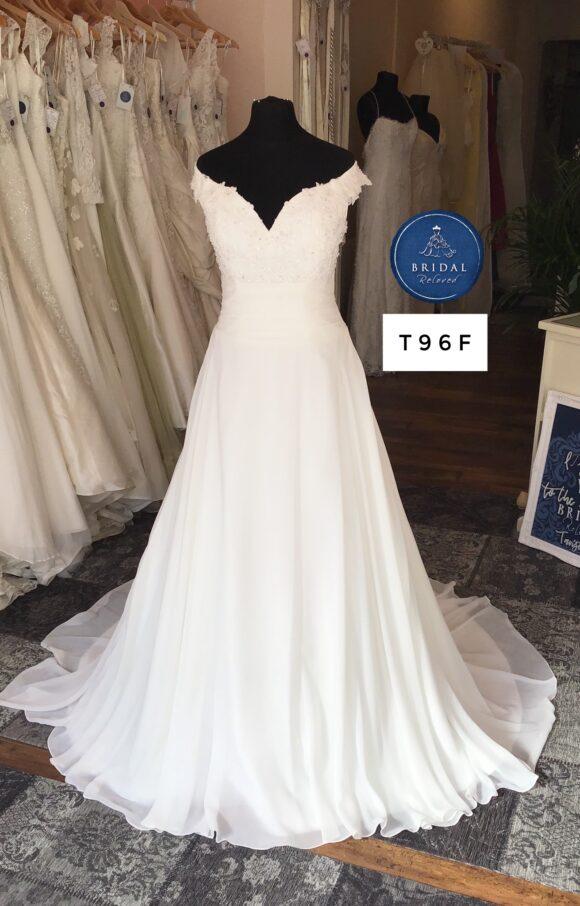 Alan Hannah   Wedding Dress   Aline   T96F