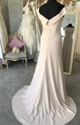 Alan Hannah | Wedding Dress | Fit to Flare | M144S