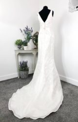 Alan Hannah | Wedding Dress | Fit to Flare | W752L