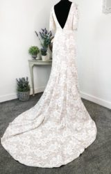 Alan Hannah | Wedding Dress | Fit to Flare | W768L
