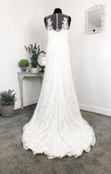Enzoani | Wedding Dress | Fit to Flare | W769L