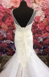Ritva Westenius | Wedding Dress | Fit to Flare | ST417S