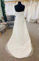 Amanda Wyatt | Wedding Dress | Aline | D1084K
