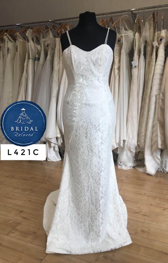 Hayley Paige   Wedding Dress   Fit to Flare   L421C