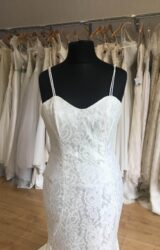 Hayley Paige | Wedding Dress | Fit to Flare | L421C