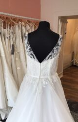 Romantica | Wedding Dress | Aline | T100F