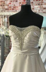 Benjamin Roberts   Wedding Dress   Aline   CA159G