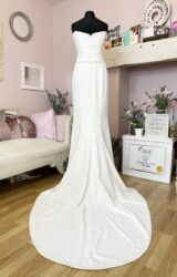 Alan Hannah | Wedding Dress | Fit to Flare | W814L