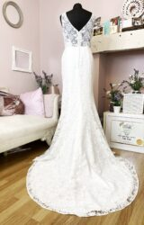 Catherine Parry | Wedding Dress | Fit to Flare | W818L
