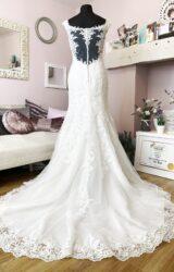 Rebecca Ingram | Wedding Dress | Fit to Flare | W829L