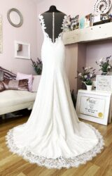 Monica Loretti | Wedding Dress | Fit to Flare | W843L