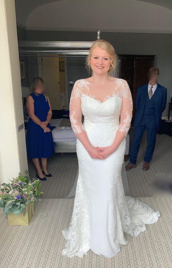 Ellis Bridal   Wedding Dress   Sheath   C1913
